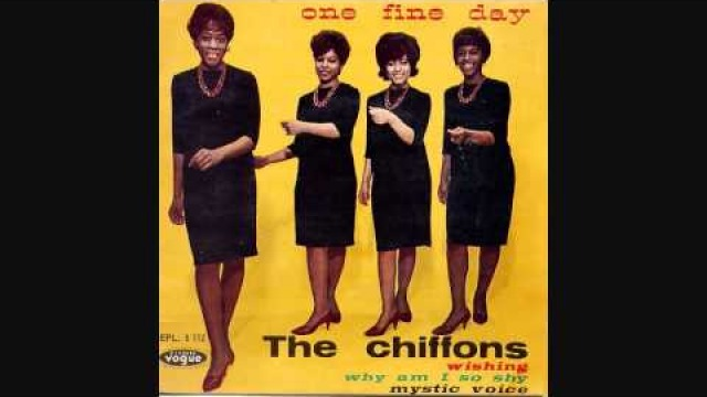 The Chiffons - He´s so Fine